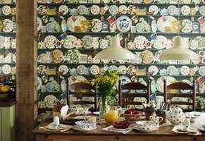 Kjente, kjære og populære keramikkdesign kan nå både settes på veggen og legges på bordet.