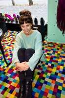 Fargesprakende design er Ingunn Birkelands umiskjennelige signatur enten vi snakker om sko, slips, vesker eller gulv.