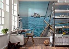 <b>VIND I SEILENE:</b>Når det er seiling for alle penga, kan lekselesingen nå foregå «ved sjøen». Fototapet fra Komar og Fantasi Interiør. (Foto: Fantasi Interiør)