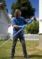 En vedlikeholdsvask av huset kan også være nyttig for å avdekke om det er behov for ytterligere vedlikehold av kledningen.