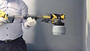 Riktig utstyr gjør en stor eller vanskelig maleoppgave rask og enkel å lykkes med. En malingsprøyte påfører malingen jevnt og godt både på store flater og i utilgjengelige kriker og kroker.