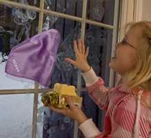 Havner den halvferdige julebaksten på vinduene gjelder det å ha gode kluter i hus.