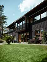 Valget av farge til staffasjen kan visuelt forstørre eller forminske et hus.