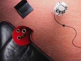 Et teppe gjør rommet annerledes. Det skaper lunhet og demper støynivet. Teppet Ingrid er inspirert av nordiske lusekofter.