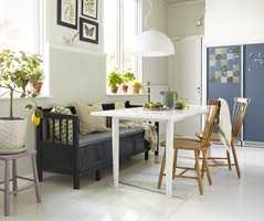 <b>HJERTE OG HJERNE: </b>Kjøkkenet er husets hjerte. Med tavlemaling på kjøleskapet fungerer det også som hjernen - der du noterer alt som må huskes på. (Foto: Beckers)