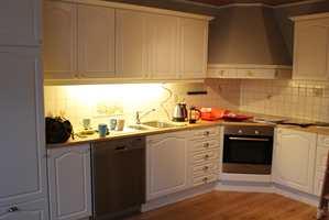 Her er kjøkkenet før oppussingen.
