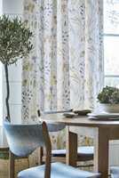 <b>MYKT OG FINT:</b> Nye tekstiler gjør susen på kjøkkenet, og bidrar både til å dekorere, gjøre det lunere og dempe plagsom støy. Tekstiler er fra kolleksjonen Embleton Bay fra Sanderson/intag.