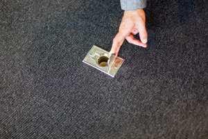 Uttak for sentralstøvsuger, plassert med jevne mellomrom på alle gulvflater, letter renholdet.