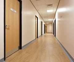 Det er en fordel at gulvet oppleves som en sammenhengende flate.