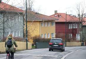 <b>IKKE HVITT:</b> På Tåsen og i områdene rundt er det ikke de hvite husene som dominerer.