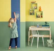 <b>KREATIV TAVLE:</b> Tavlemaling er et morsomt og praktisk innslag på barnerommet. (Foto: Butinox)