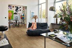 <b>PERSONLIG:</b> Med Pergo Elegant Plank er det enkelt å skape et personlig, varmt interiør.