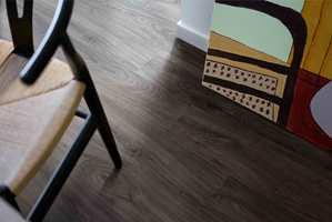 <b>KARAKTER:</b> Selv om fargepaletten for Pergo Elegant Plank er nøytral og harmonisk, finnes også mye karakter og sjel i gulvet.