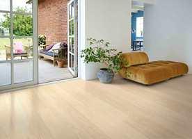 <b>ELEGANT:</b> Det lange, slanke formatet på Pergo Elegant Plank gir et elegant gulv som passer i alle husets rom.