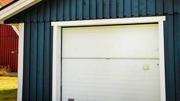 <b>VIKTIG:</b> Garasjen er en viktig del av boligen, så den må vedlikeholdes på lik linje med andre treflater utendørs.