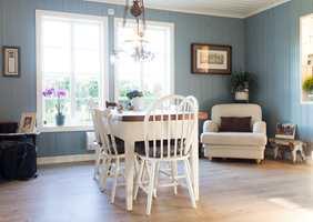 <b>TRADISJON:</b> Vi har lang tradisjon med treverk i interiøret. Vi liker lunheten panelvegger gir.