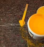 MALEFILT suger til seg maling samtidig som det ikke trenger gjennom. Genialt til malejobben!