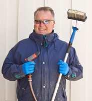 <b>ALT KLART:</b> Malermester Morten Fehn anbefaler å gjøre unna vasking og nødvendig forarbeid på forhånd.