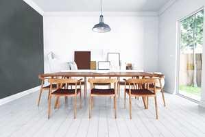<b>SLITESTERKT:</b> Takket være den gode slitestyrken, er Carazzo perfekt for gulv. Her er gulvet malt med Carazzo Silk White.