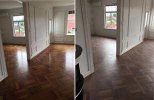 <b>FØR OG ETTER:</b> Bildet til venstre viser merbaugulvet før det er gjort noe med. Bildet til høyre viser gulvet etter at det har blitt slipt ned, satt inn med TreStjerner Gulvolje hvit og mattlakkert.
