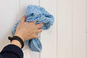 <b>FIBERMAGI:</b> De syltynne fibrene i kluten kommer godt ned i underlaget og nærmest «skraper» ut skitt, smuss og støv.