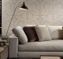 <b>LUNT:</b> Når du innreder med lite farge vil variasjon i materialer skape lunhet. (Foto: Green Apple)