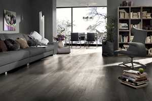 <b>MODERNE:</b> Dagens laminatgulv fås i mange ulike tidsriktige design. (Foto: Kronotex)