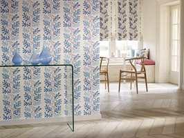 <b>TO LIKE:</b> Blomstermotiv på vegg og tekstil kan skape mer enn en romantisk stil.