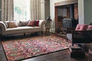 Et klassisk uttrykk, vel forent med tekstiler, puter og teppe fra fordums tid.