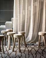 <b>MYKT:</b> Det lette morgenlyset i Luxembourg-hagen er inspirasjon til tekstilet Escapade fra Casamance/Green Apple. Mykhet og eleganse som vil kle både et rustikt og et klassisk miljø.