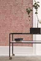<b>KONTRASTER: </b>Kolleksjonen inneholder både botaniske motiver og mer industrielt inspirerte design.