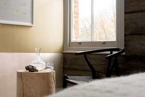 <b>HALVMALT:</b> Velg mellom skarpe eller ujevne kanter når du skal male en halvmalt vegg. (Foto: Nordsjö)