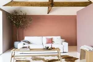 Fargen kan gjerne brukes på hele veggen.