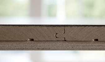 <b>NR. 1:</b> Heltre limt eller skrudd fast til underlaget er det optimale gulvet i jakten på velvære. (Foto: Chera Westman/ifi.no)