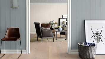 <b>NYE VEGGER:</b> Veggplater er plater som monteres utenpå de gamle veggene eller i stenderverket. De er enkle å montere og gir rommet raskt en ny karakter. (Foto: Smartpanel)