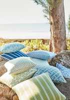 <b>TÅLER SOMMER:</b> Tekstilene fra Thibaut, som føres av Green Apple i Norge, tåler sol og sommer. (Foto: Green Apple)