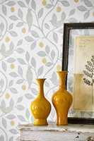 <b>ENGELSK:</b> Tapet og tekstiler fra Sanderson er tidløse, og moderne. Tapetet her er fra den nye kolleksjonen Potting Room. Føres av INTAG. (Foto: INTAG)