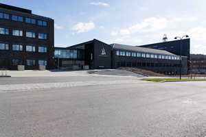 Oljedirektoratets administrasjonsbygg huser 220 ansatte.