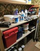 <b>KJELLEREN:</b> En kjeller med jevn varme er et godt lagringssted for maling. (Foto: Robert Walmann/ifi.no)