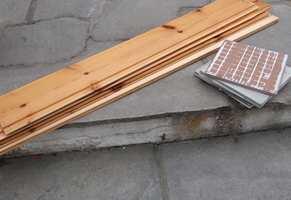 <b>GJENBRUK:</b> Planker og fliser skal ikke i pose, men leveres for seg. Eller brukes… lage en hylle kanskje?