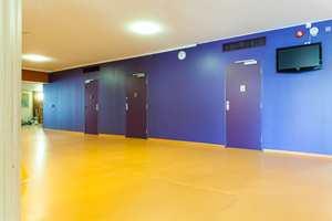 Skolen har vært gjenstand for både nybygging og ombygging.