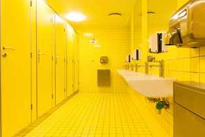... og gult for jentene.