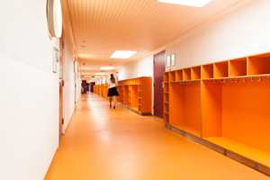 Korridorene har friske farger.