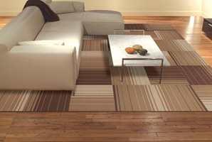 Teppene kan legges både som vegg-til-vegg, og som avpassede tepper.