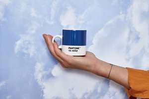 <b>KVELDSHIMMEL</b> Blåfargen Pantone mener er Årets farge for 2020 minner om fargen himmelen har i skumringen.