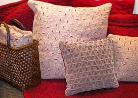 Rustikke overflater gir rom for rustikke materialer, som kurv og flettverk.