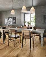 Parkett lages fra naturlig tre, og er et estetisk tiltalende gulvmateriale. Foto: Alfort & Cronholm