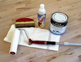 Dette trenger man ved lakkering av det mattslipte gulv.