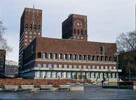 <br/><a href='https://www.ifi.no//radhuset-pa-innsiden'>Klikk her for å åpne artikkelen: Rådhuset på innsiden</a>