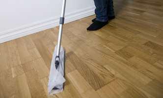 Bruker du feil såpe, kan du ødelegge gulvet.